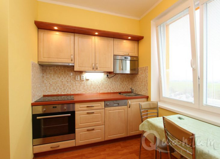 Pronájem bytu 1+1, Praha 10, Dubeč