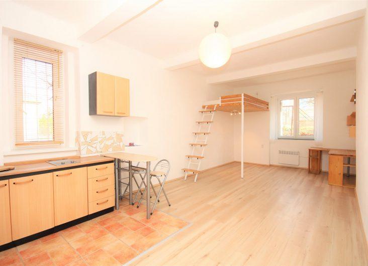 Prodej bytu 1+kk, Praha 5