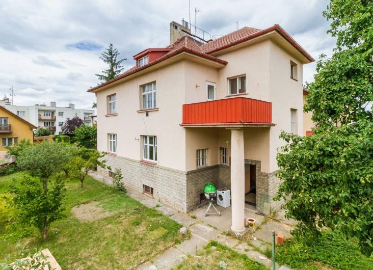 Prodej RD 6+2, Praha 4