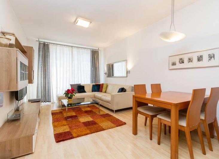 Pronájem bytu 2+kk, Praha 11
