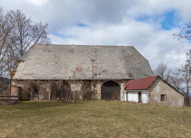 Prodej zemědělské usedlosti, Čachrov