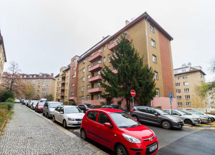 Prodej bytu 3+1, Praha 10
